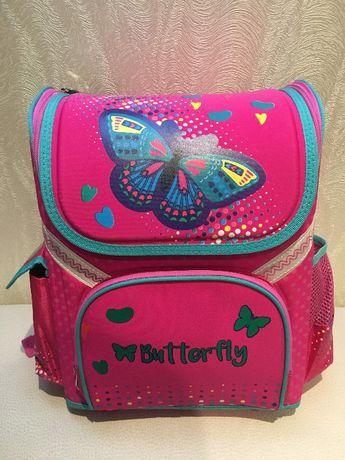 Распродажа! Новый детский каркасный школьный рюкзак.