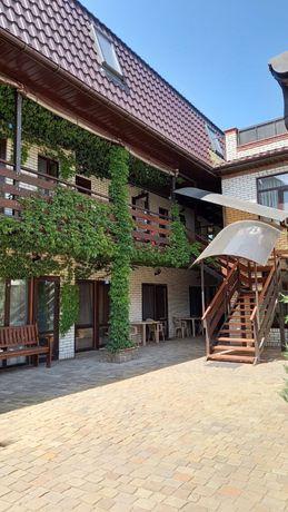 Дом + гостиница 10 номеров готовый бизнес Бердянск