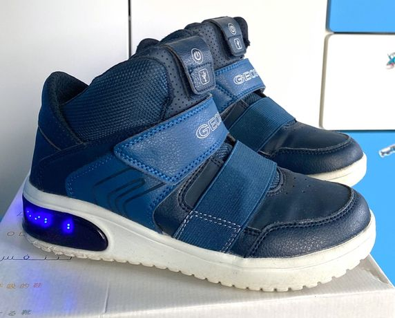Geox -sneakersy świecące Xled - r. 35