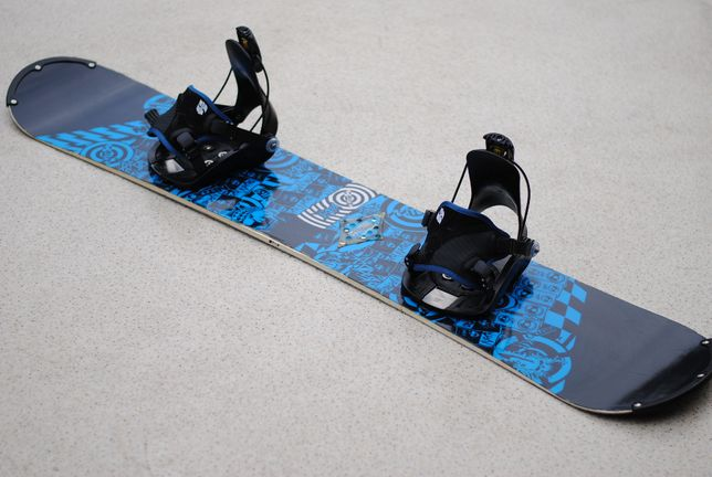 Deska Snowboardowa Snowboard Nitro 152 cm Nowe Wiązania FLOW
