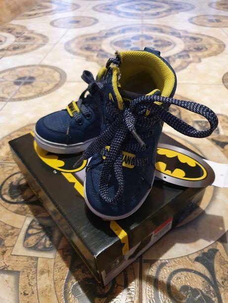 Buty dziecięce rozmiar 23 Batmana