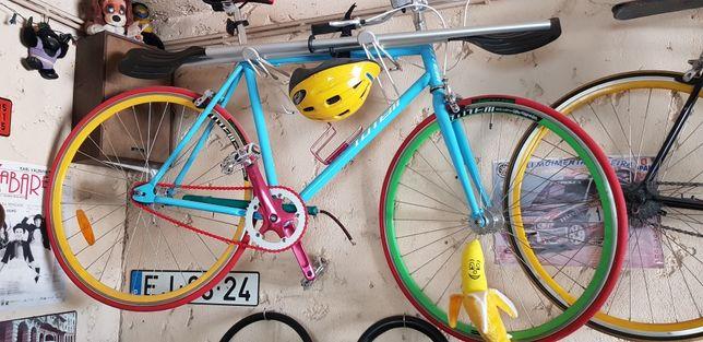 Bicicleta fixie como nova, andou uma vez