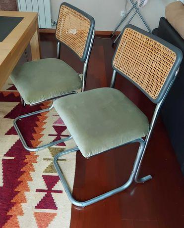 Cadeiras vintage duas