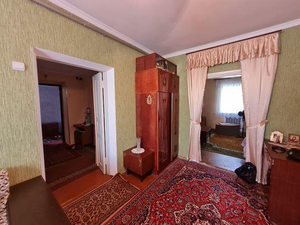 Продам Добротный 4к Дом с Гаражом и Жилым  Флигелем.