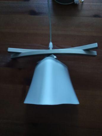 Lampa sufitowa pojedyncza