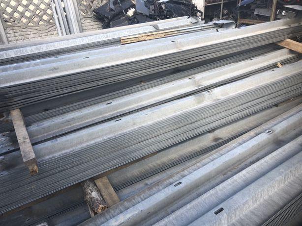 Bariera bariery drogowe energochłonne wygrodzenia zagrody kojce