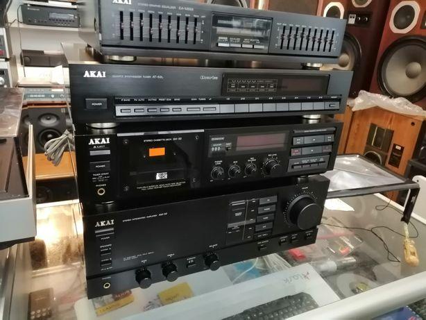 Akai AM32, GX32, EAM659. AT52l