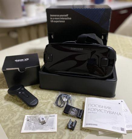 Gear VR SAMSUNG очки виртуальной реальности.