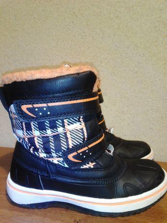 Buty zimowe śniegowce dziecięce r.29, wkładka 18,5 cm.