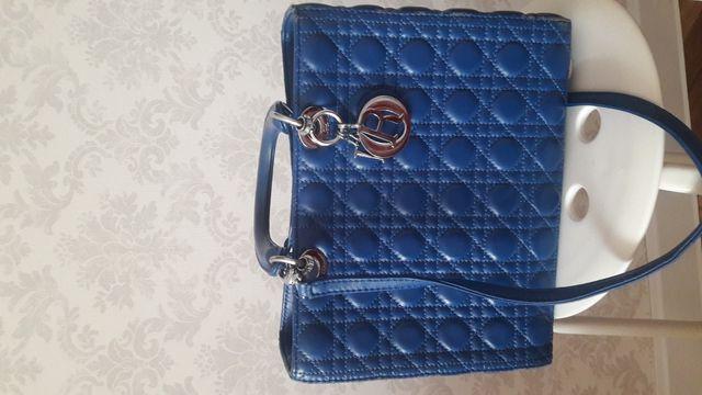 Продам сумку Cristian Dior леди ди