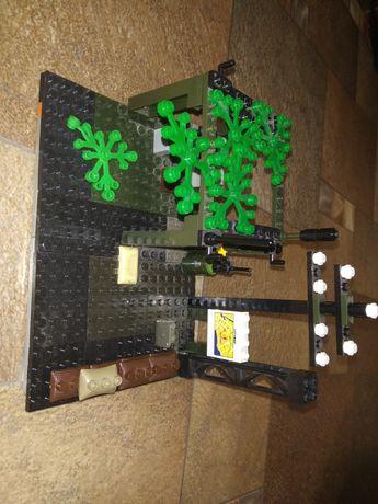 Лего База и военная машина и 3 солдата
