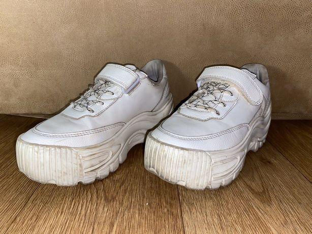 кроссовки bershka 35 размер