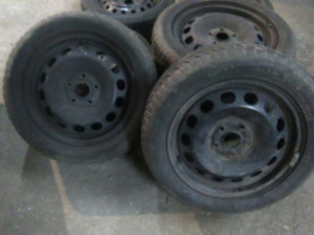 4 felgi 16 cali stalowe 5x112 z oponami 205/55/16 Audi Vw Skoda Seat