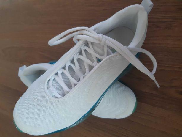 Nike Air Max 720 rozm 37,5