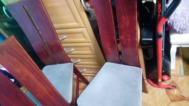 Komplet 4 krzeseł do jadalni