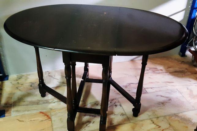 Mesa com duas abas