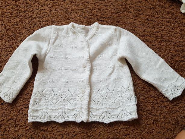 Biały sweterek 86