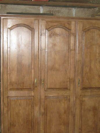 Guarda-fato desmontável em madeira de castanho