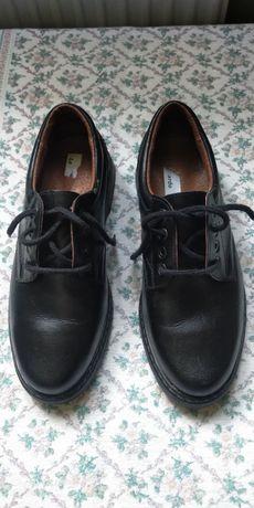 buty skórzane 43
