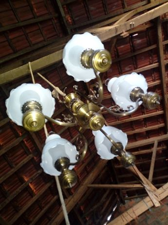 Candeeiro de teto em latão