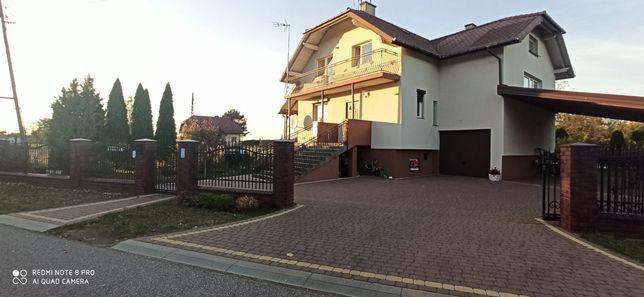 Dom w pięknej okolicy