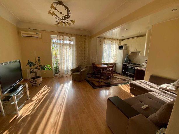 Продам светлая 2х комнатная квартира в центре, Гоголя\Паторжинского