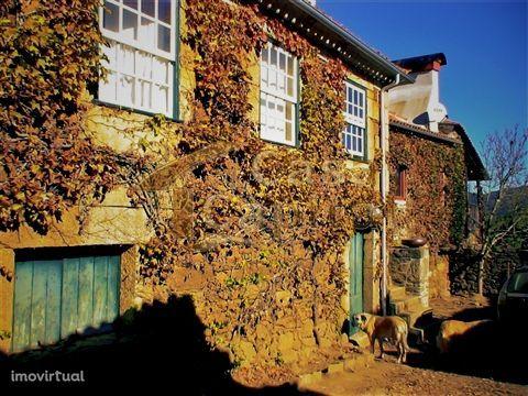 Quinta com História no Douro