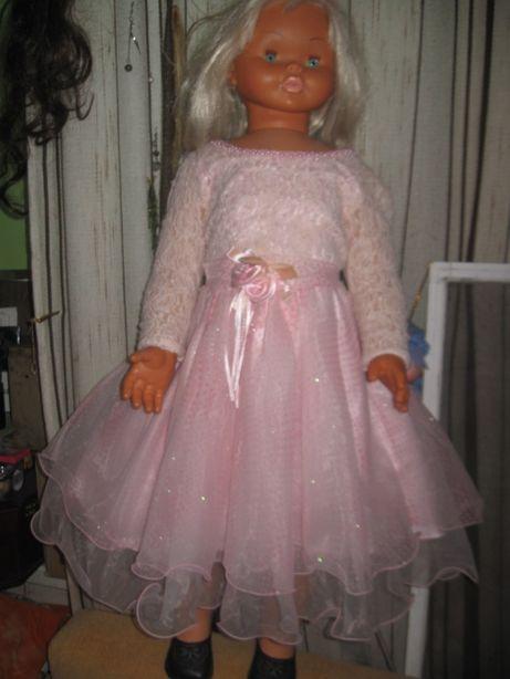 Нарядное праздничное платье . до 8 лет