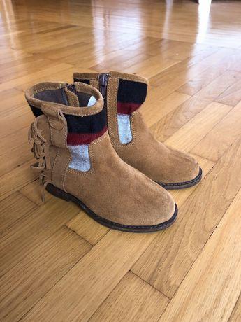 Продам дитячі чоботи на осінь для дівчинки, розмір 26