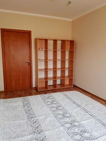 Сдается отличная 2 х к квартира М. Максимовича 9