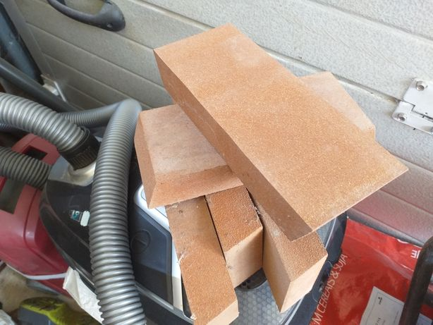 40 aguadeiros de borracha para telhados sanduíches  de 5 calhas