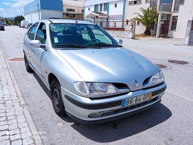 Renault Mégane 1.4 16v 95cv