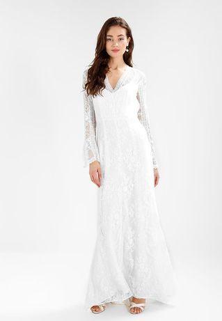 koronkowa suknia ślubna boho biała IVY&OAK S