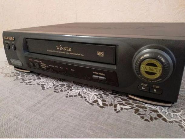 Продам видеомагнитофон Samsung SVR-18А