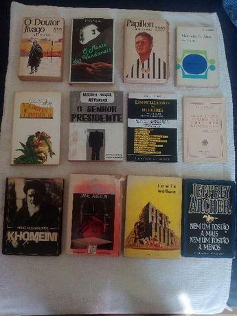 12 livros antigos