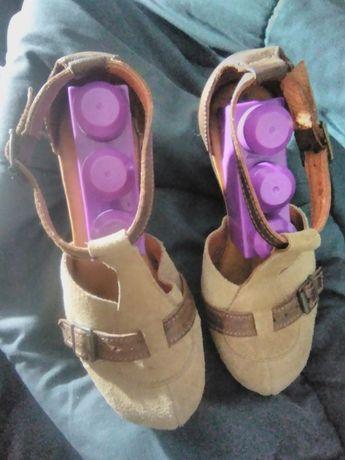 Sapatos de senhora e crianca,Usados, Baratos