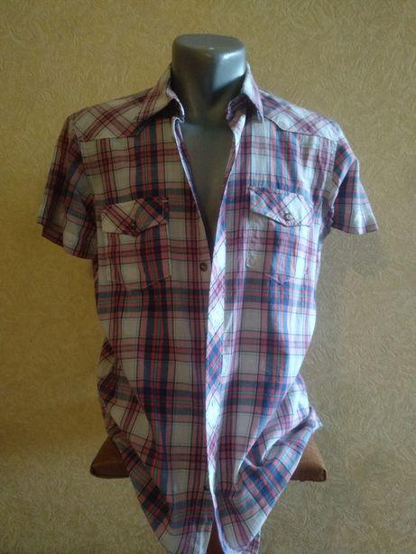 Чоловіча рубашка на короткий рукав