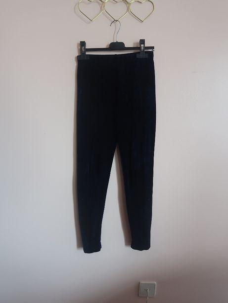 Leggins azuis escura com tecido em veludo