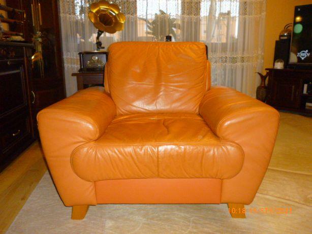 Fotel skórzany salonowy + pufa siedzisko