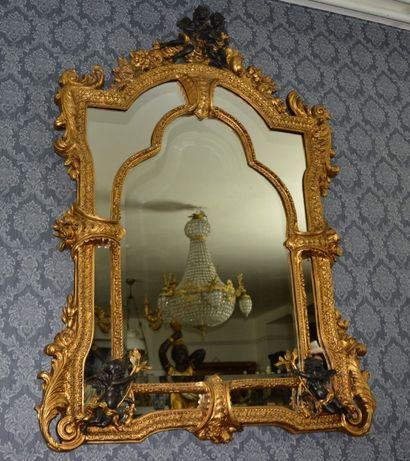 Espelho grande com anjos
