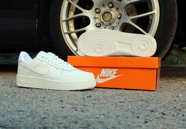 (620) Кроссовки Nike Air Force (42-46) - белые, найки, форсы, осень