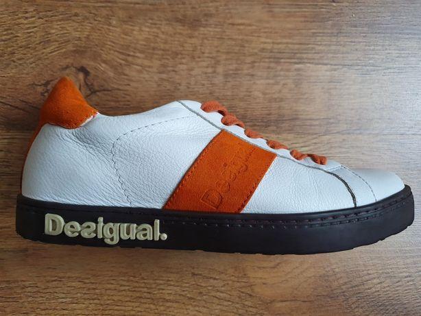 Снікерси, кросівки шкіряні Desigual. 36р(24 см)