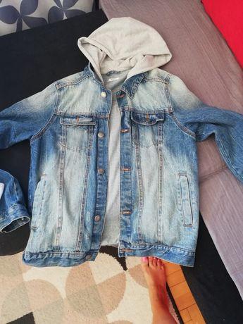 Sprzedam kurtkę jeansowa chlopieńcą
