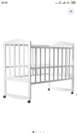 Детская кроватка (белая из бука)