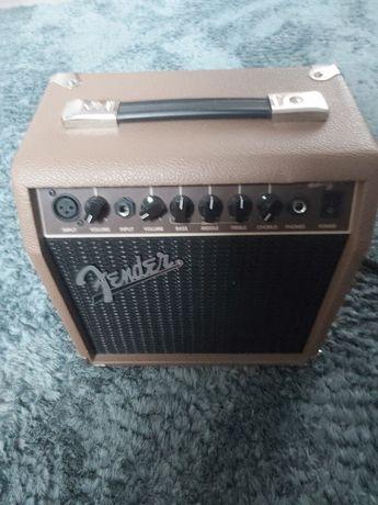 Комбоусилитель Fender 15