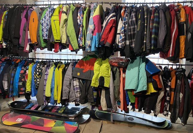 Гірськолижна / сноубордична куртка