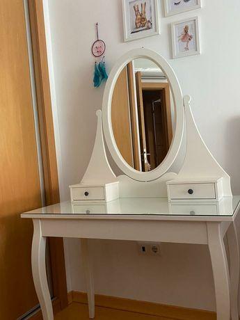 Toucador com espelho