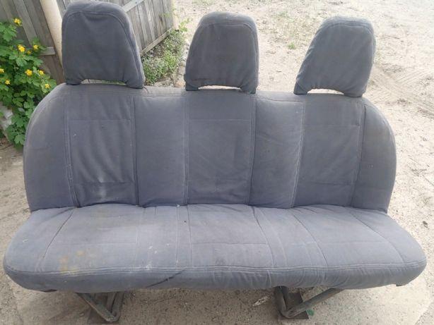 Продам ряд сидений для буса