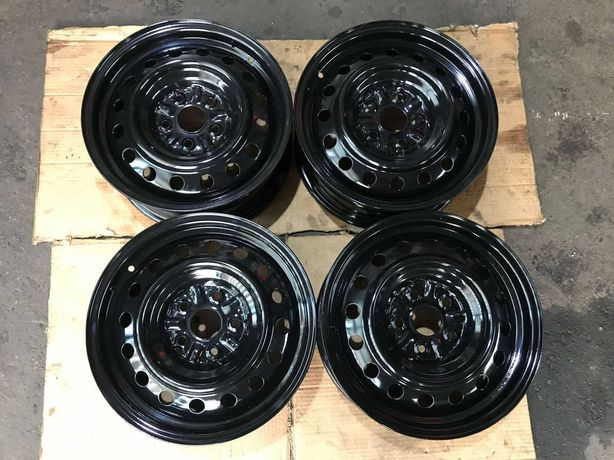 Oригинальные стальные диски 16' Toyota Camry  5•114,3 dia.60.1