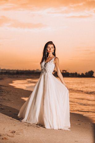 Przepiękna Suknia Ślubna XS z koronką